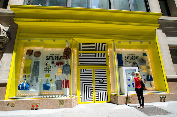 5 Tips to Create Killer Window Signage